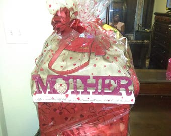 Large Mother's Day Basket