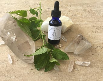 1 oz Fresh Lemon Balm Tincture 1:2