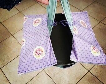 Lilac and green cotton cake carrier