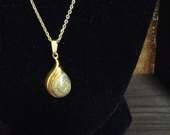 Tatiana Faberge Gold and Olive Sparkle Teardrop pendant and chain