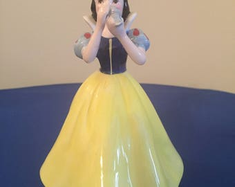 Disney Classics - Snow White musical (Someday My Prince will Come)