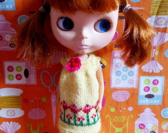 Sale was 12 now 8.Blythe Cute Flowery Smock Dress - Yellow