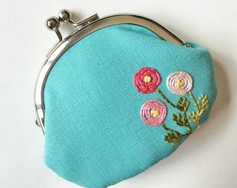 Kiss lock coin purse pink flowers on aqua blue, linen kiss lock coin purse, embroidered flower coin purse, embroidery change purse pink blue