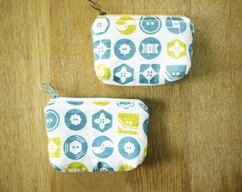 button linen pouch