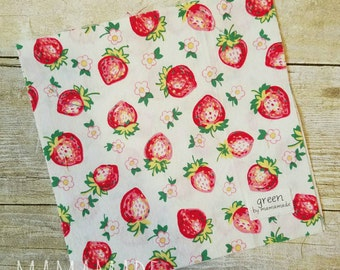 SALE! Ready to Ship - Strawberries - Reusable Sandwich Bag | Snack Bag | Waterproof | Travel Bag from green by mamamade