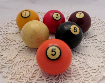 Vintage Solids Billiards Pool Ball, Catalin Bakelite, pool accessory, Standard pool balls, display, cue ball