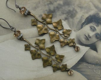 autumn leaves . earrings