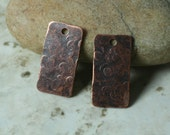 Hand hammered antique copper rectangle dangle size 21x11mm, 2 pcs (item ID XW05072ACP2)