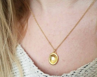 Minimalist Gold Drop Pebble Pendant. Delicate Sterling Silver Pebble Pendant. Gold Fill Layering Necklace.