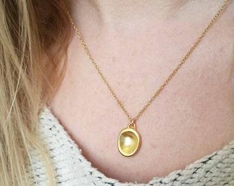 Minimalist Gold Drop Pebble Pendant. Delicate Sterling Silver Pebble Pendant. Gold Fill Layering Necklace.