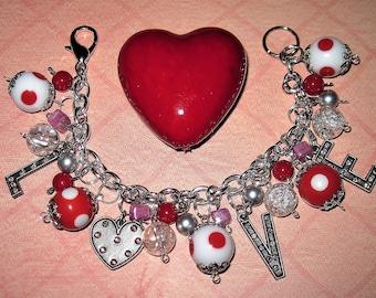 Heart Bracelet, Heart Jewelry, Heart Charm Bracelet, Romantic Jewelry, Valentine's Day, Heart, Charm, Romance, Pink, Red, Silver, OOAK