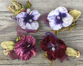 Vintage velvet flowers facinator hat hair corsage flair purple green leaves clamp on 1920s 1930s bridal floral accessory e14