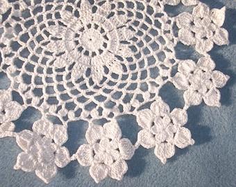 Handmade 9 1/2 inch ecru thread crochet doily with flowers -- 810