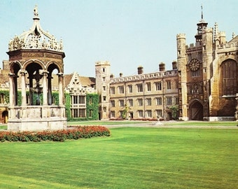 Vintage postcard, The Great Court, Trinity College, Cambridge, England, UK, 1979