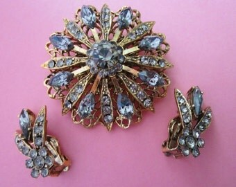 Selini Rhinestone Brooch and Earrings Set