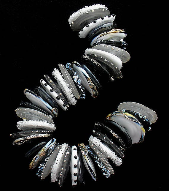 DSG Beads - Artisan Debbie Sanders Glass Handmade Organic Lampwork -Made To Order ~Black Tie~ Disc Set