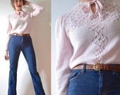 HOLIDAY SALE / 20% off Vintage 60s 70s Light Pink Knit Sweater (size medium, large)
