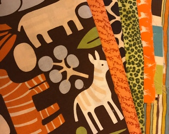 Alexander Henry 2D Zoo fabric lot 8 Different Scrap/Yardage Destash 1lbs 3.4oz. of fabric Quilt Making