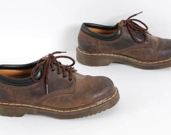 size 9 DOC MARTEN brown leather 80s 90s BROGUE lace up ankle boots