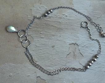 Oxidized Sterling Silver Labradorite Bracelet - Dark Silver Link Bracelet - Rustic Circle Loop Bracelet - Pyrite Bracelet - Dainty Bracelet