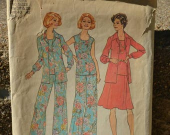 Vintage 70s Sewing Pattern Simplicity 6854 Sleeveless Top Blouse Skirt and Wide Leg Pants