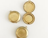 3 pcs 26mm Antique Brass Locket, Round locket, Brass Locket, for photo jewelry
