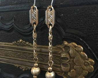 Ball and Chain Gold link bead earring Jewelry