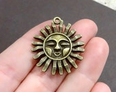 4, Sun, Sunshine Pendant Charms 29x33x3mm, Hole: Approx. 2mm
