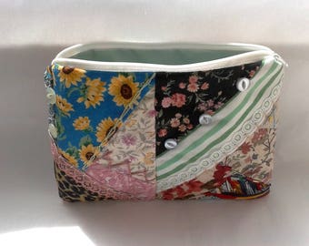Make Up Bag, Cosmetic Purse, Embroidered Patchwork Green Chintz Lining