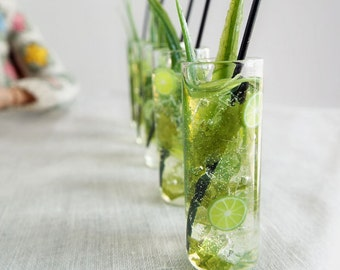Miniature MOJITO Cocktail in Tall Cylinder Glass Tumbler - VINTAGE Glass - with Black Straw for 1:6 Scale Fashion Dolls and Action Figures