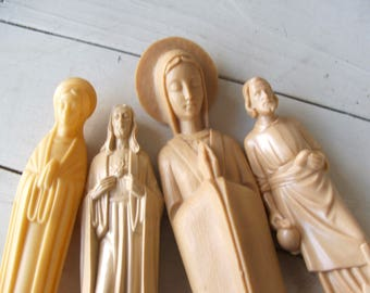 4 piece Instant Collection Catholica Dashboard Jesus and Mary figurines