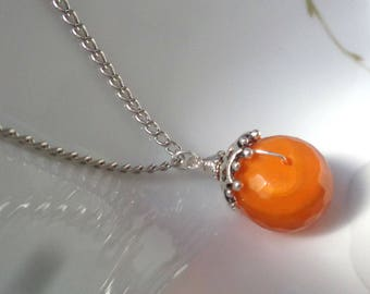 Carnelian Pendant Necklace, Carnelian Necklace, Faceted Carnelian Necklace, Orange Pendant, Gemstone Pendant, Stone Pendant