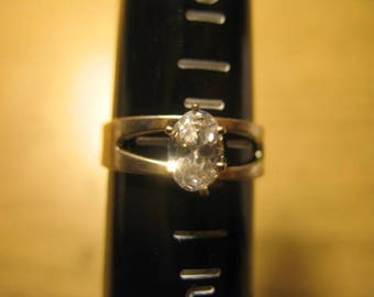 Vintage Sterling Silver Crystal Solitaire Ring