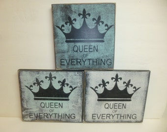 QUEEN of EVERYTHING SIGN / queen sign / queen wall sign / hand painted queen sign / crown sign / wood crown sign / I'm the queen sign / sign
