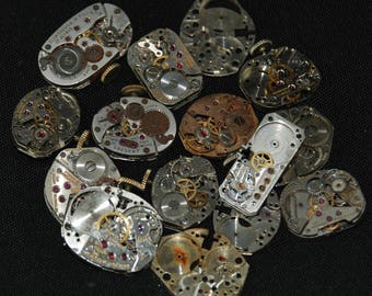 Destash Steampunk Watch Parts Movements Cogs Gears  Assemblage FW 92