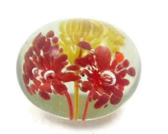 Small Glass Paperweight - Yellow and Red Fountain Flowers, Controlled Bubble