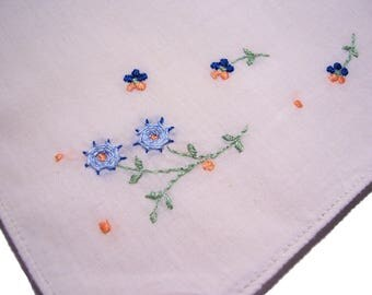 Vintage Floral Emroidered Handkerchief emboidered flowers