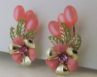 Vintage pink rhinestone enamel flower moonglow lucite beaded sprig climber earrings gold tone metal clip on earrings