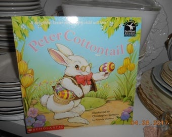 1994 Peter Cottontail Scholastic SC Book Illustrated by Christopher Santoro A Cartwheel Book