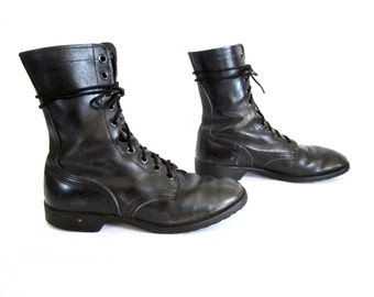 vintage 1980s black leather COMBAT boots mens 9 1/2 R military issue ro-search lace up METAL work wear BIKER street style U S A distressed