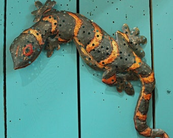 Gecko Lizard - holey copper metal climbing reptile sculpture - wall hanging - with dark blue-green and iridescent red patinas - OOAK