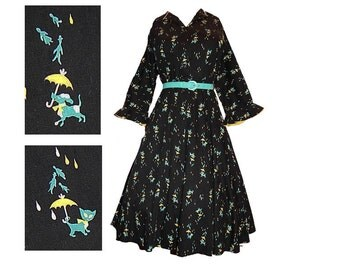 Vintage 50s full skirt raining cats and dogs novelty print day dress