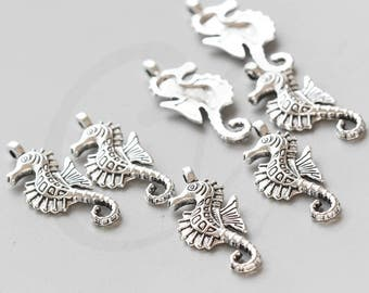 20 Pieces Oxidized Silver Tone Base Metal Charms-Sea Horse 29x12mm (3572X-V-49)