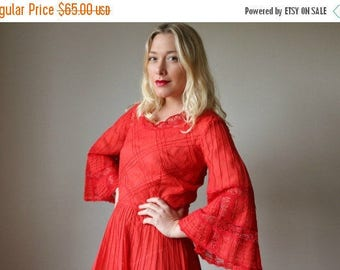 25% OFF SALE 1970s Crimson Pleat Mexican Dress >>> Size Small to Medium