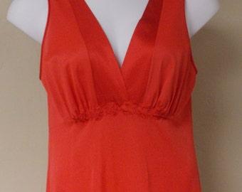 Vintage Vanity Fair all nylon coral full length nightgown v neck back front 38