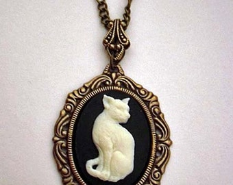 Romantic ivory cat cameo necklace