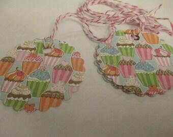 8 Cupcake Paper Gift Hang Tags