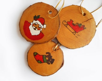 Vintage Wood Slice Christmas Ornaments Primitive Country Cabin Decor Wooden Hand Painted Tree Decorations Santa Sleigh Stocking Small Flat