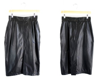 Vintage CHAUS Black Leather Slim Fit Side Pocket Below the Knee Woman's Retro 90's Pencil Skirt