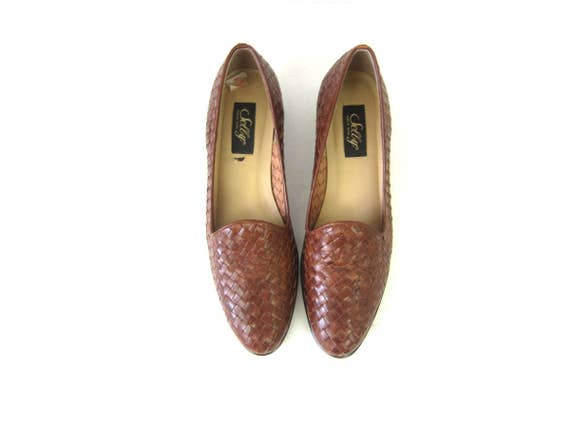 Brown Woven Leather Shoes Modern Day Slip On Sandals 1990s Boho Weave Loafers Shoes Closed Toes Preppy Shoes Womens 10 narrow